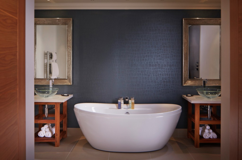 Maxtop Quartz installed in bathrooms at the Alexander House Hotel & Utopia Spa