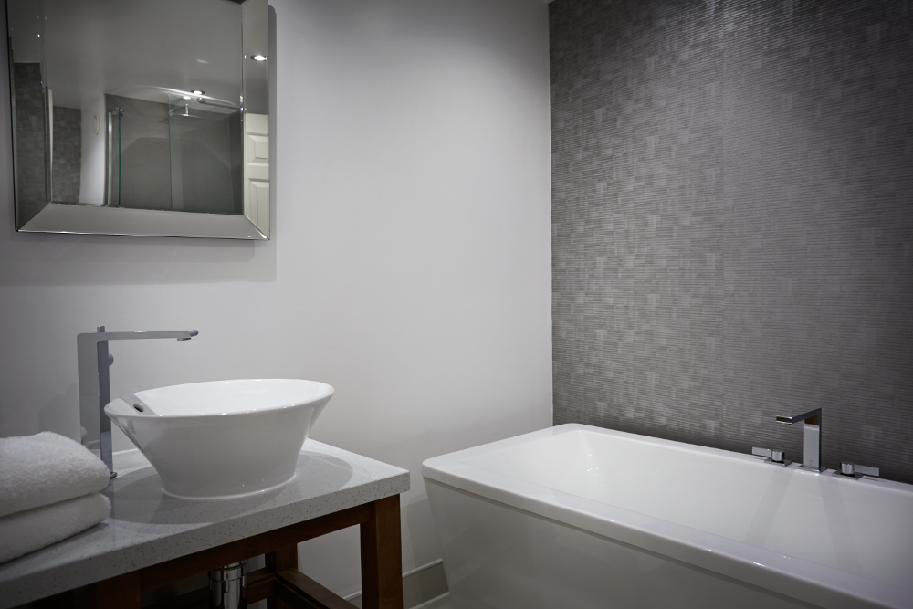 Maxtop Quartz Pearl White Sparkle surface in a bathroom at Rowhill Grange Hotel & Utopia Spa